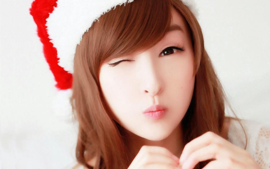 Cute Christmas WhatsApp Dp For Girl