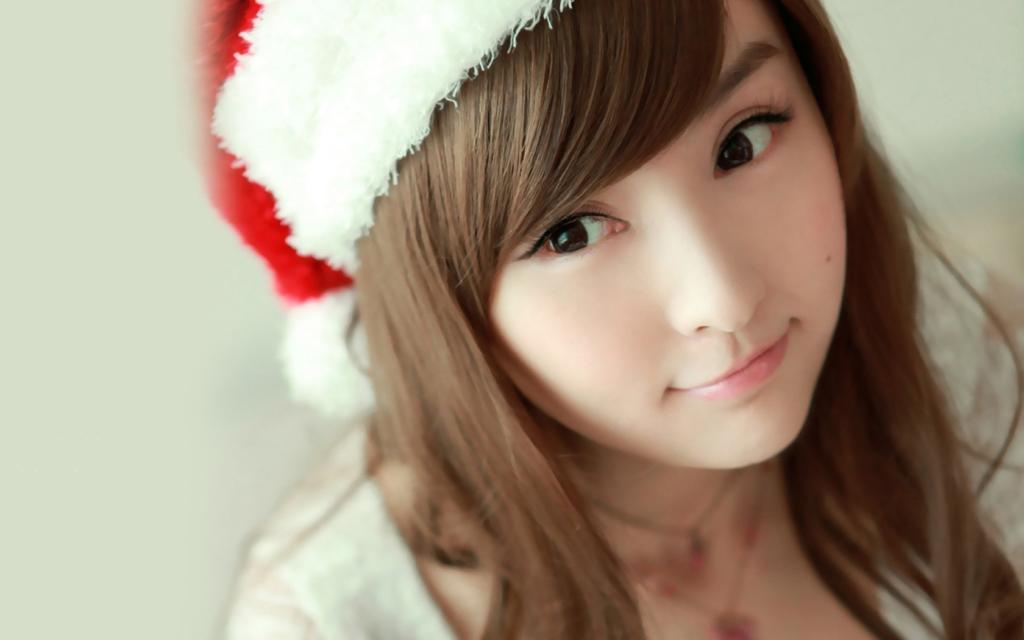 Merry Christmas Girl Dp For WhatsApp