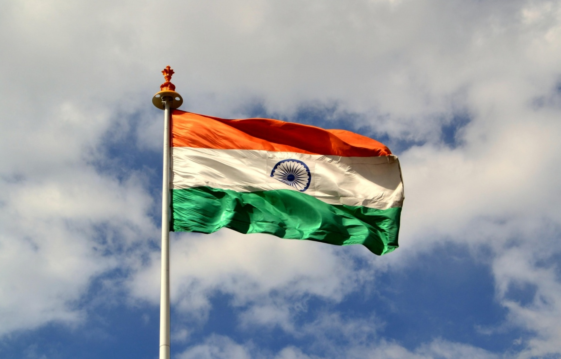 Indian Flag Flying wallpaper for pc free download